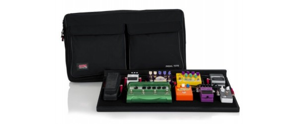 Gator Pedal Board w/ Carry Bag & Power Supply; Pro Size